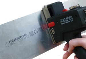 جت پرینتر دستی رینر مدل 940 با امکان چاپ بر روی سطح فلزی